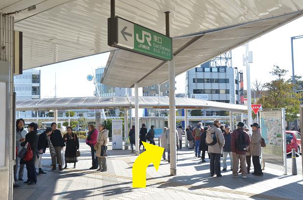 JR横須賀線逗子駅からのアクセス①