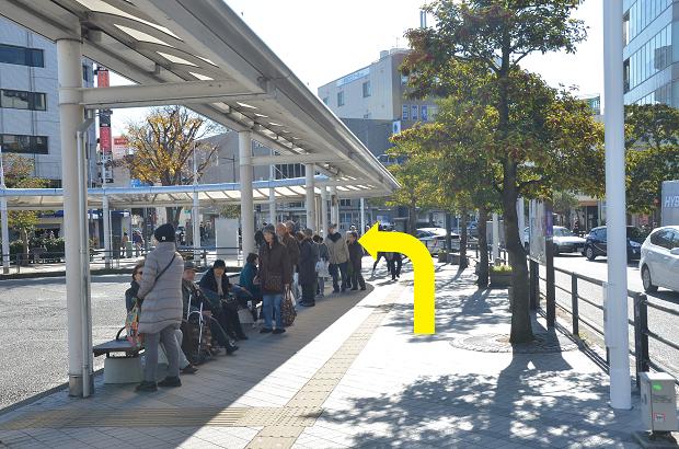 JR横須賀線逗子駅からのアクセス②